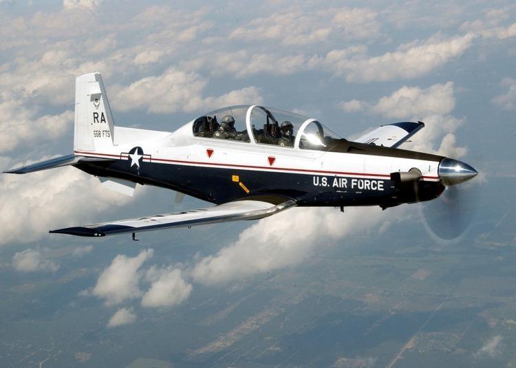 Argentina recibirá cuatro aviones de combate de Estados Unidos