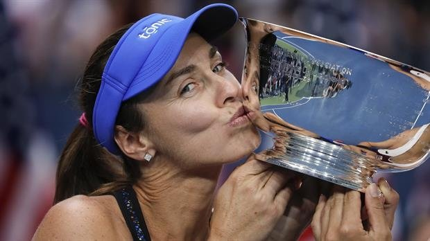 Hingis es Nº1 del mundo en dobles a los 37 años