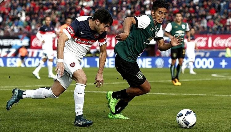 Banfield logró un triunfo clave ante San Lorenzo