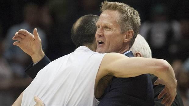 Kevin Durant se crece en victoria de los Warriors