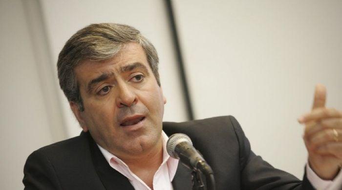 Imputaron a José Cano por supuestos negociados con Corea del Sur — ARGENTINA