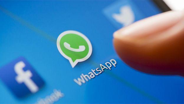 Falso mensaje que circula en WhatsApp provoca siete asesinatos