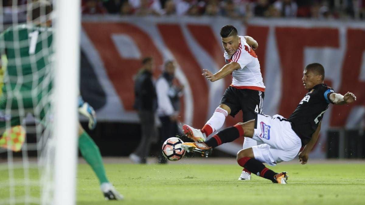 Lavallén dijo que lo amenazaron para que pierda ante River