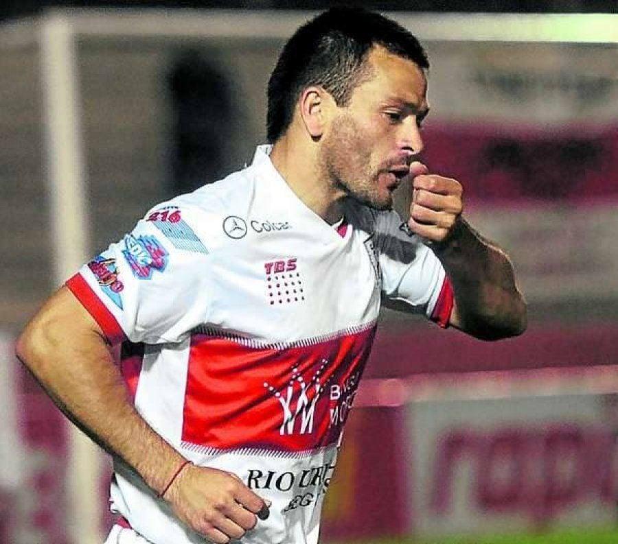 El Gallito picoteó al Patrón y lo sacó de la Copa Argentina