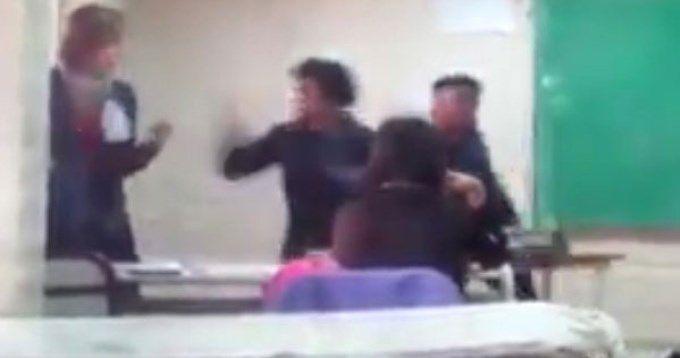 Una alumna golpeó a una docente en la escuela