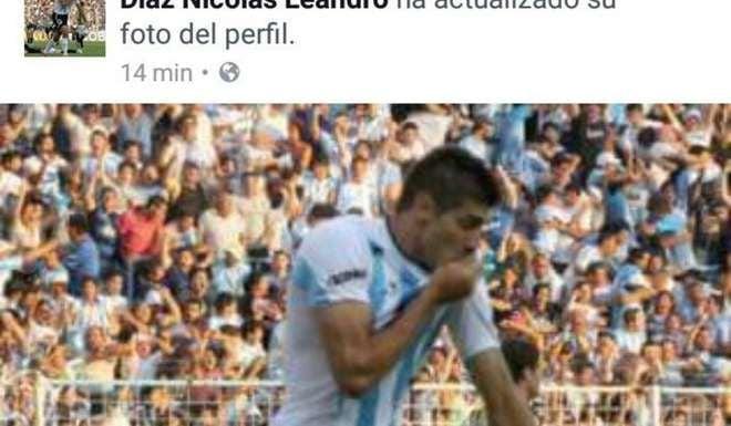 Firmó con San Martín y besó la de Atlético — Enojo en Tucumán