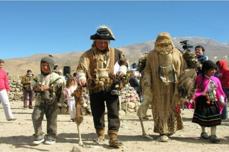 El norte argentino celebra a la Pachamama a puro color