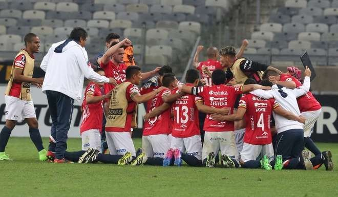 Lanús superó a The Strongest y se metió en cuartos — Copa Libertadores