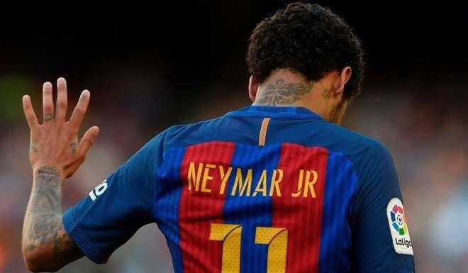 Neymar ya firmó contrato con el PSG: medios franceses