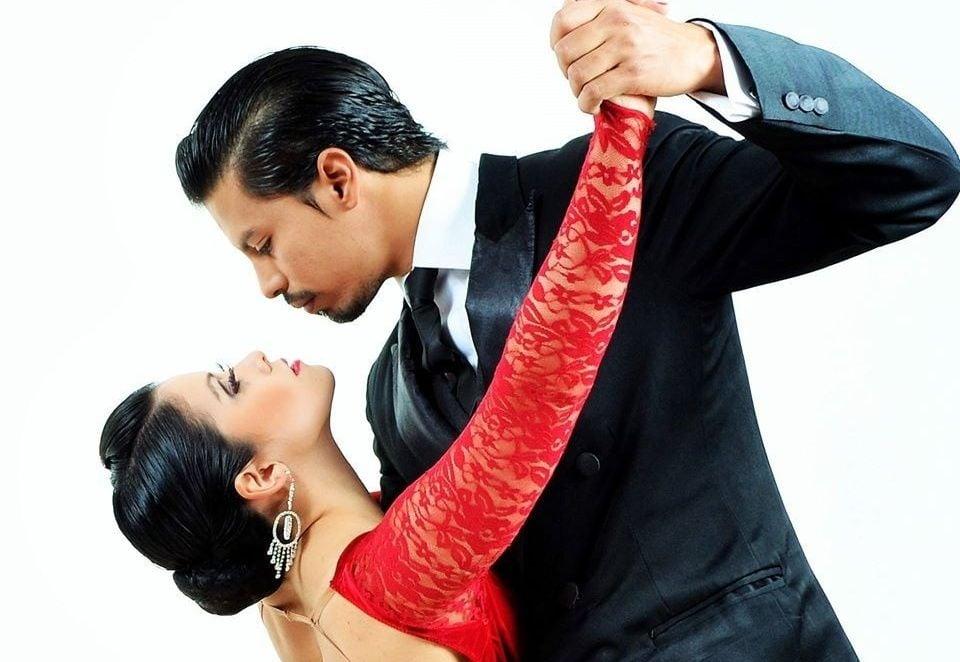 Pareja argentino-japonesa gana Mundial de Tango en categoría Escenario