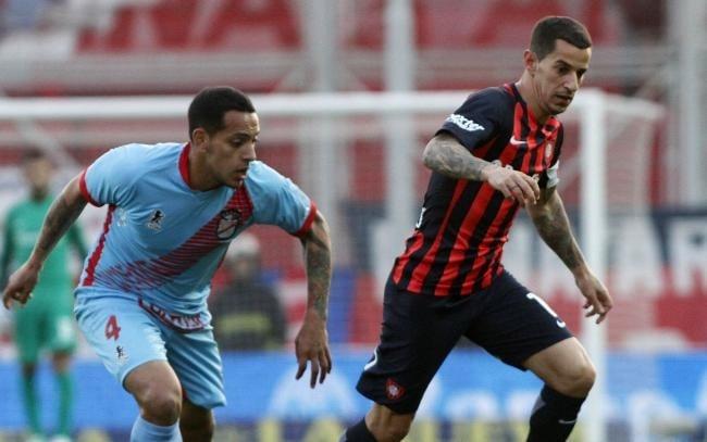 Lanús festejó un agónico triunfo ante Independiente
