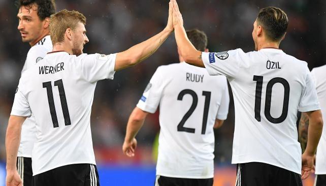 Golea Alemania pero todavía no clasifica