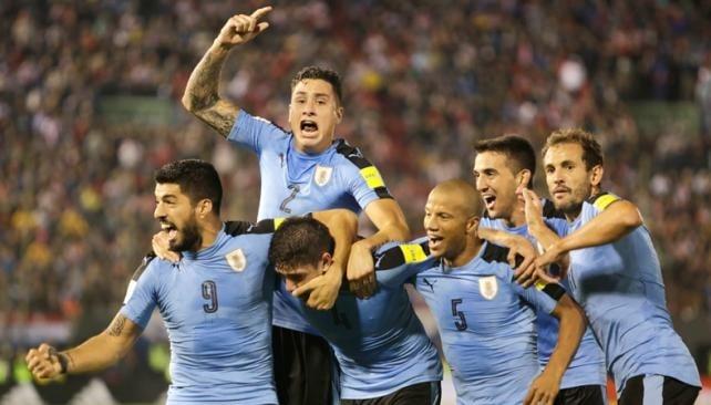 Tabárez dice que Paraguay está por debajo de los demás