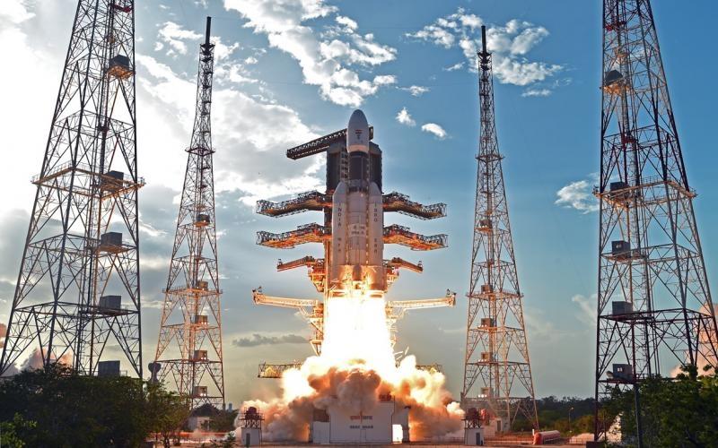 Inida lanza 31 satélites al espacio en un solo cohete