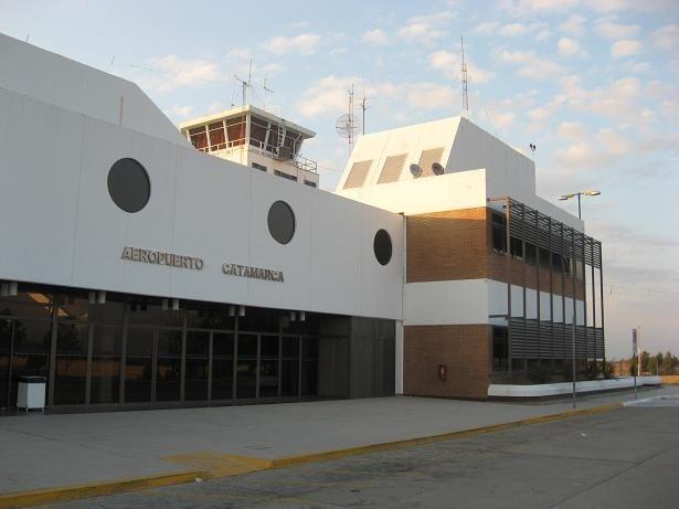 Macri viaja a Catamarca y recorre obras estatales en Valle Viejo