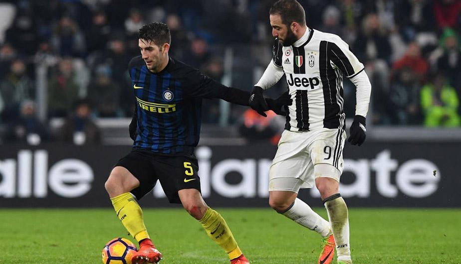 Ganó Nápoli y se afianza como líder de la Serie A