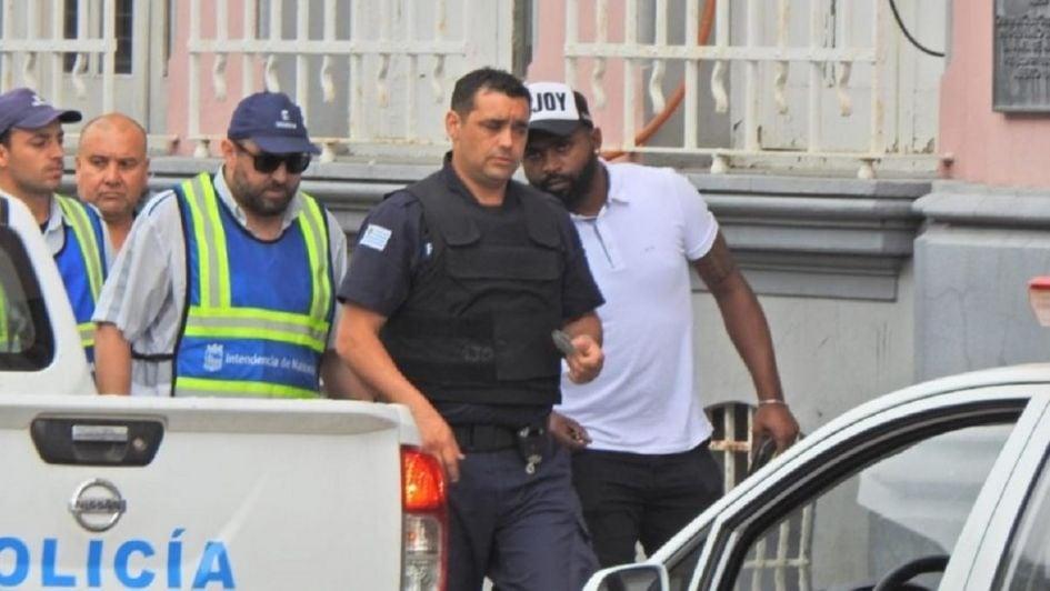 Refuerzo de Toluca detenido por chocar estando alcoholizado