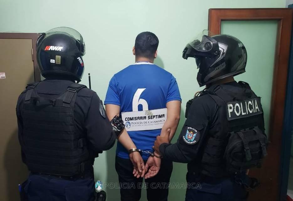 Exhibicionista del Parque Adán Quiroga: la versión policial sobre el arresto - Diario El Esquiu