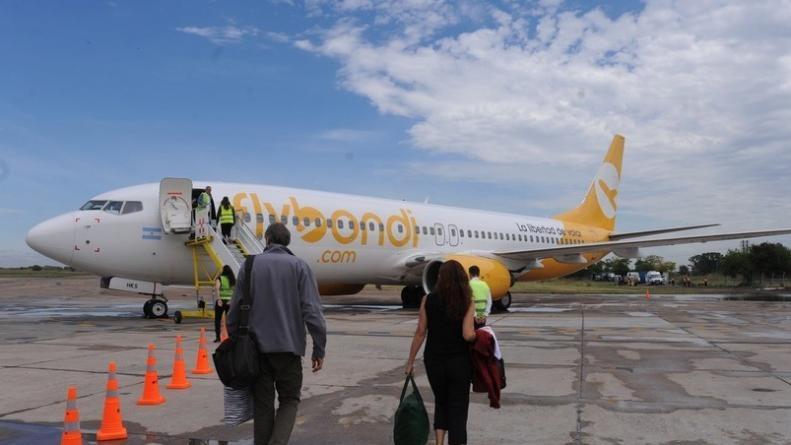 Flybondi lanzó una agresiva promoción de pasajes a $1 más tasas