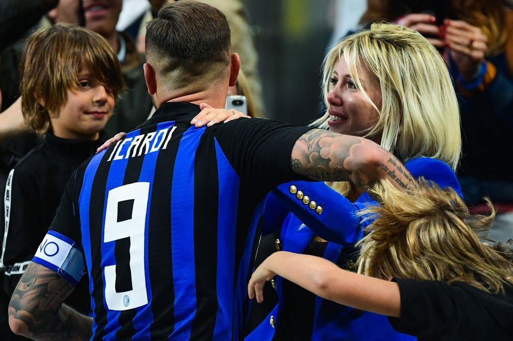 Mauro Icardi se cansó y le respondió a su hermana