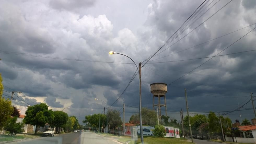 Alerta por tormentas fuertes en el centro de Entre Ríos