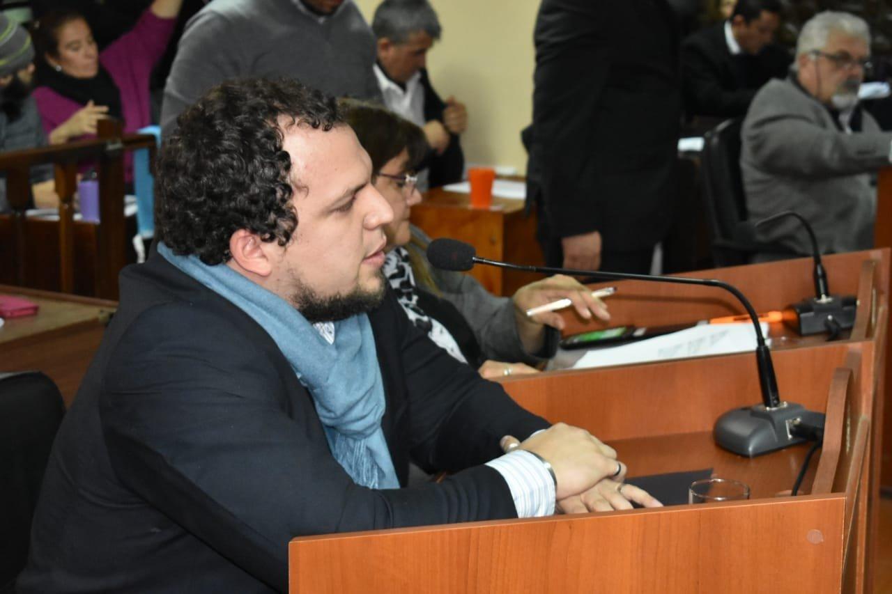 Diputados repudian la suspensión de las jubilaciones de amas de casa