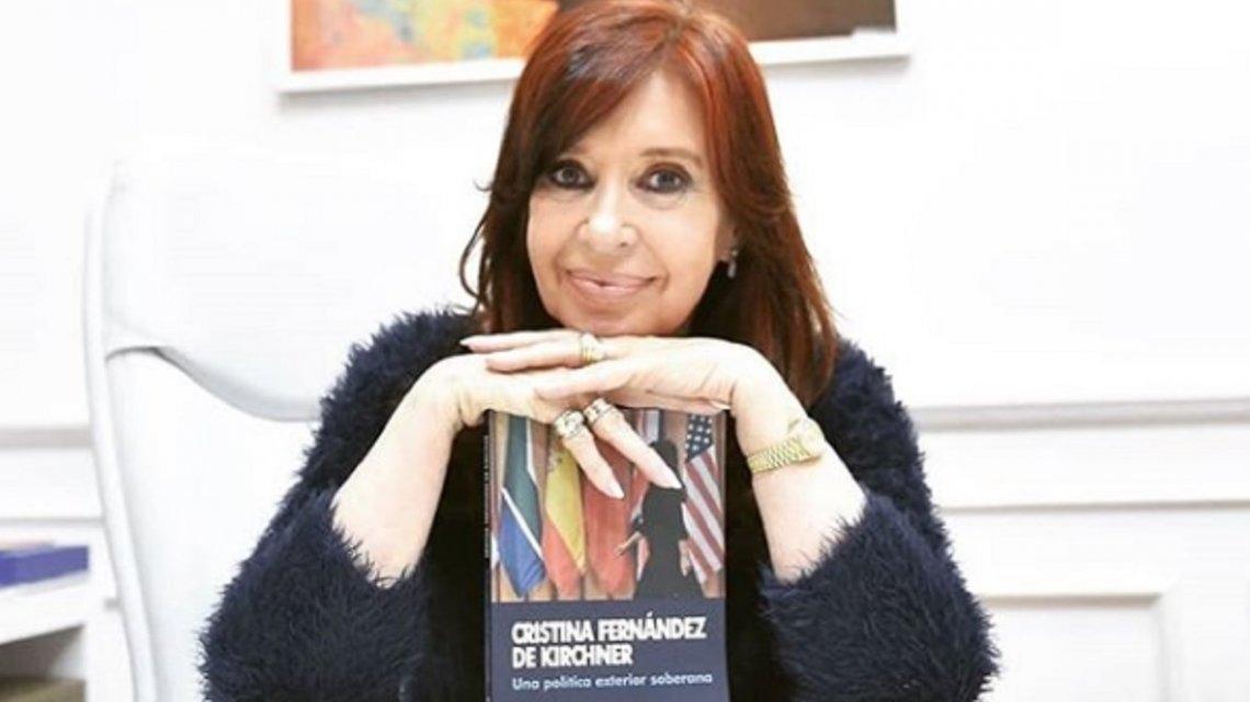 Bomba editorial: llega otro libro de CFK