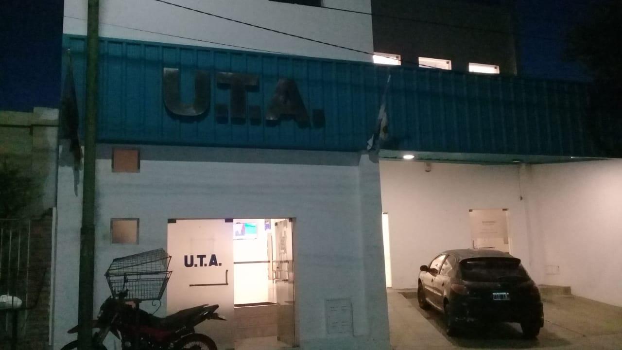 Paritarias: sin acuerdo, la UTA va al paro la semana próxima