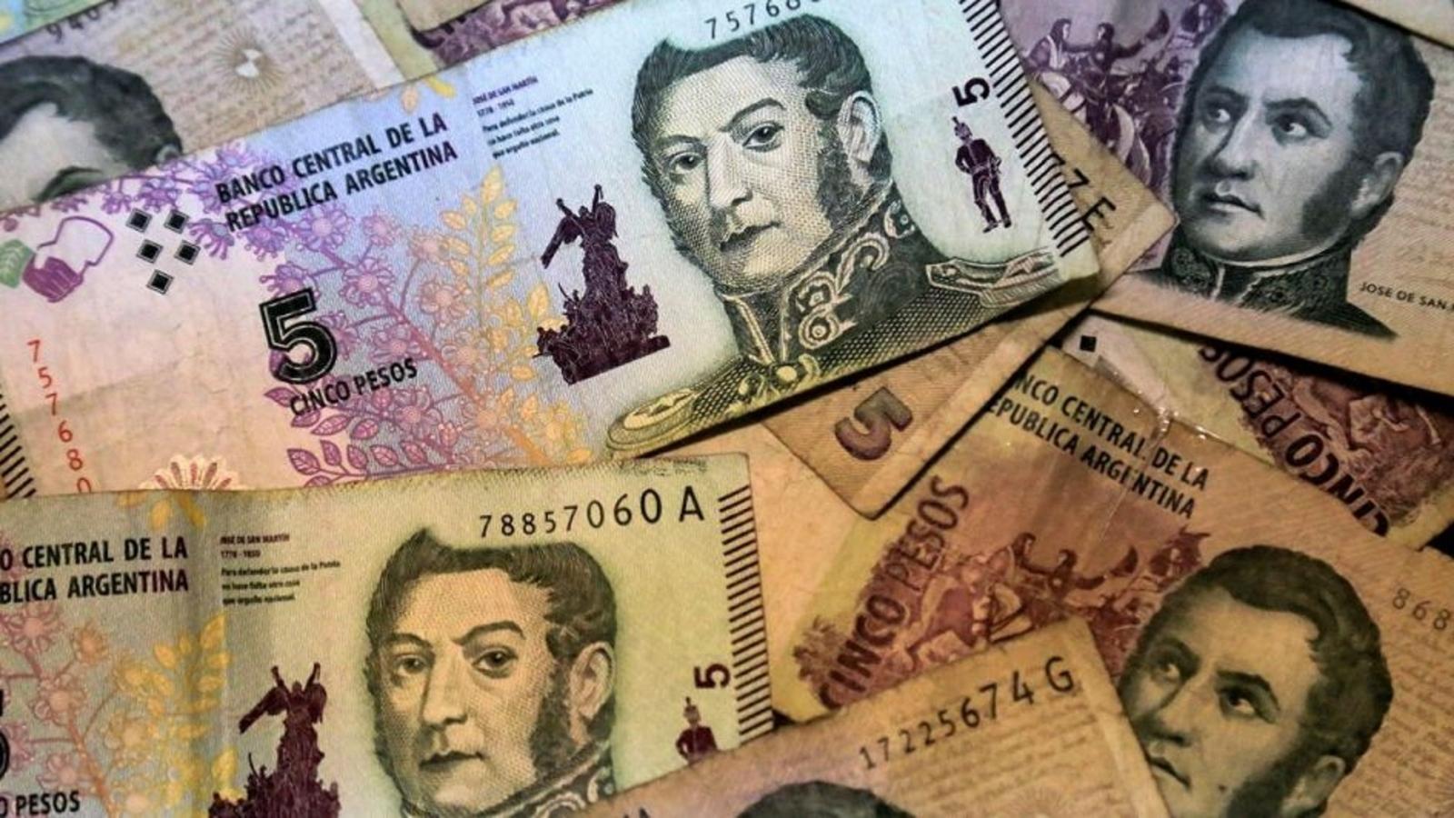 En una semana los billetes de cinco pesos saldrán de circulación