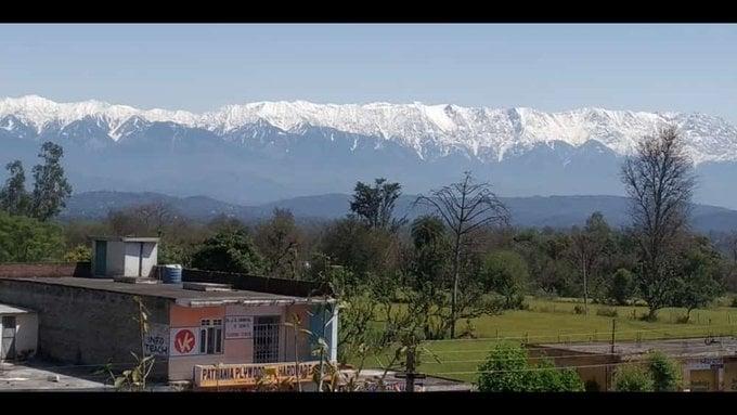 Después de 70 años se vuelve a ver el Himalaya desde India