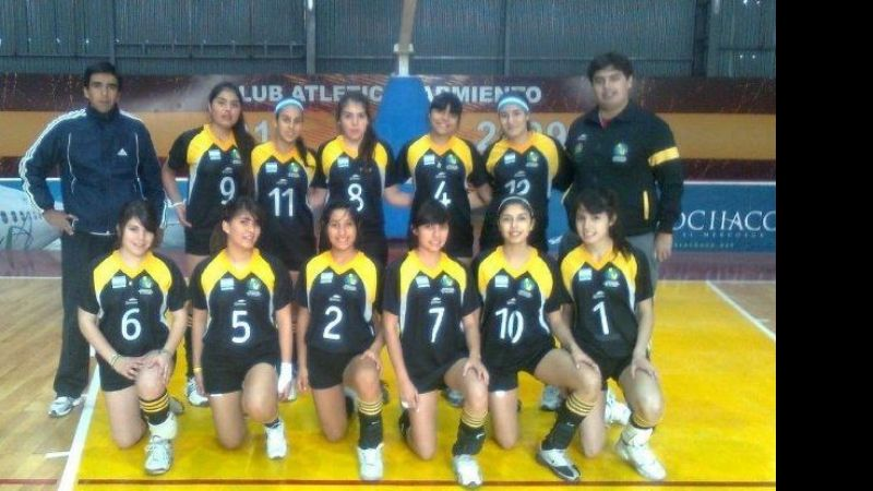"""Una gran experiencia"" para el voley local"