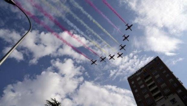 Avión militar se estrelló tras participar de un desfile