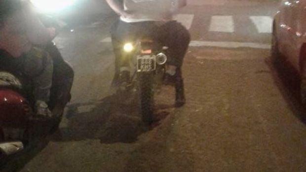 ¿Y la ordenanza? Agente municipal, en moto y sin casco