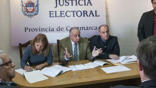 Cerda definió el padrón y Nancy  Córdoba quedaría fuera de la elección