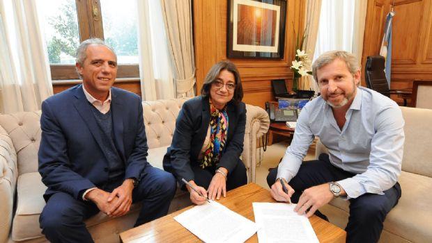 Corpacci firmó la sustentabilidad fiscal
