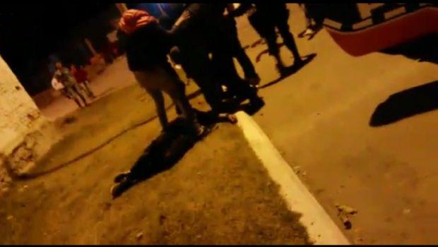 Policías golpearon a jóvenes y dispararon