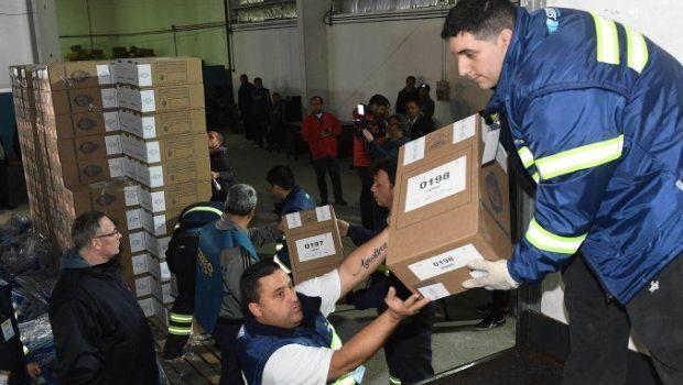 Comenzó el operativo de distribución de las urnas para las Paso