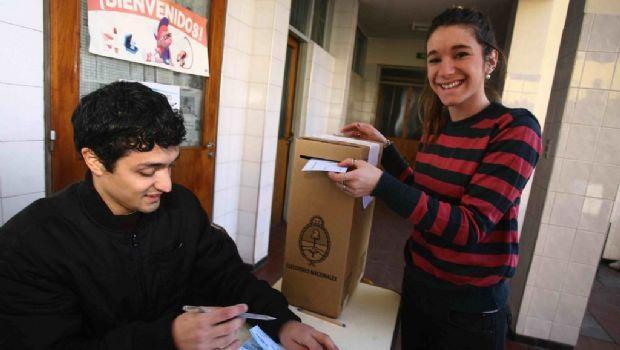 Más de un millón de jóvenes entre 16 y 18 años pueden votar por primera vez