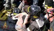 Rescatan a dos niños tras el sismo que dejó dos muertos y decenas de heridos en Italia