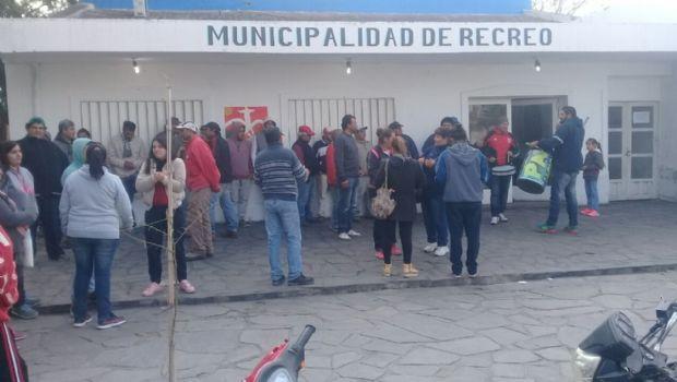 Se reabren los conflictos con municipales  de Antofagasta y de Recreo