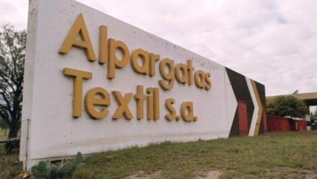 Alpargatas ofrece indemnización 'en cuotas'