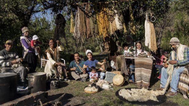 Muestra Hilando Raíces, para recuperar técnicas textiles ancestrales