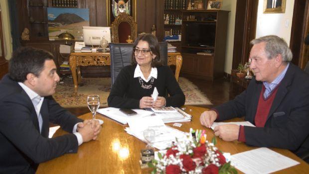Lucía anunció la licitación de un puente para El Rodeo