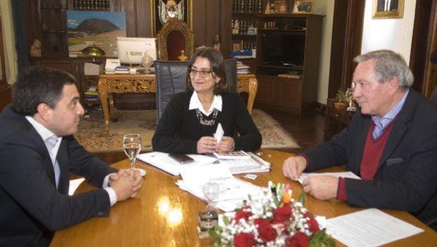 Corpacci anunció la licitación de un puente para la localidad de El Rodeo