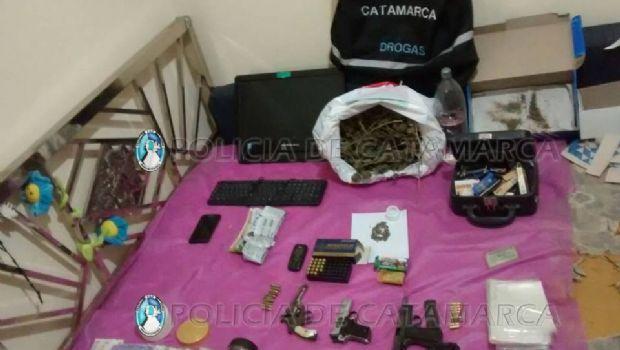 Incautan estupefacientes, vehículos, armas de fuego y detienen a tres personas