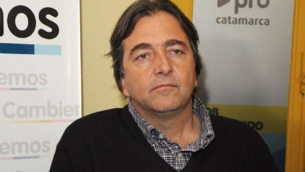 Cargos nacionales: para Capdevila,  quieren que la UCR se pelee con el PRO