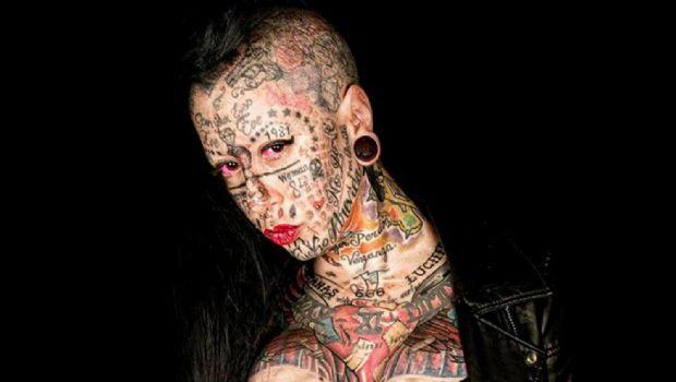 La mujer más tatuada del mundo da marcha atrás...