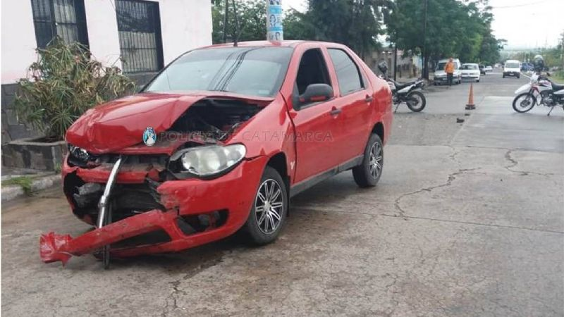 Mañana lluviosa y plagada de  accidentes en el Valle Central